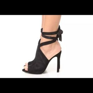 KENDALL + KYLIE Evelyn Women's 10M $150